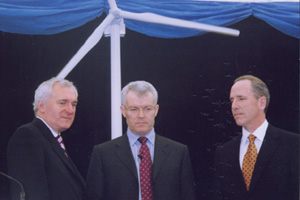 (L) Taoiseach Bertie Ahearn (Irish Prime Minister), Dan O'Connor, GE Country Manager for Ireland, and Mark Little, Vice President, GE Energy click on the ceremonial switch to start the seven, GE 3.6 megawatt wind turbines for Arklow's Phase One on May 26, 2005.